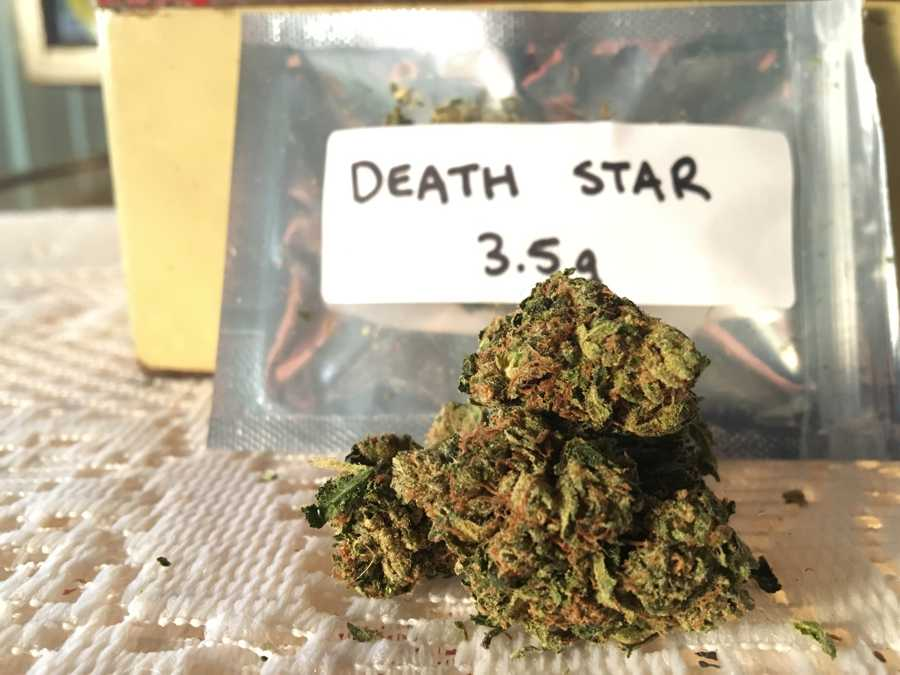 get-kush-unboxing-review-cannabis-flowers-death-star
