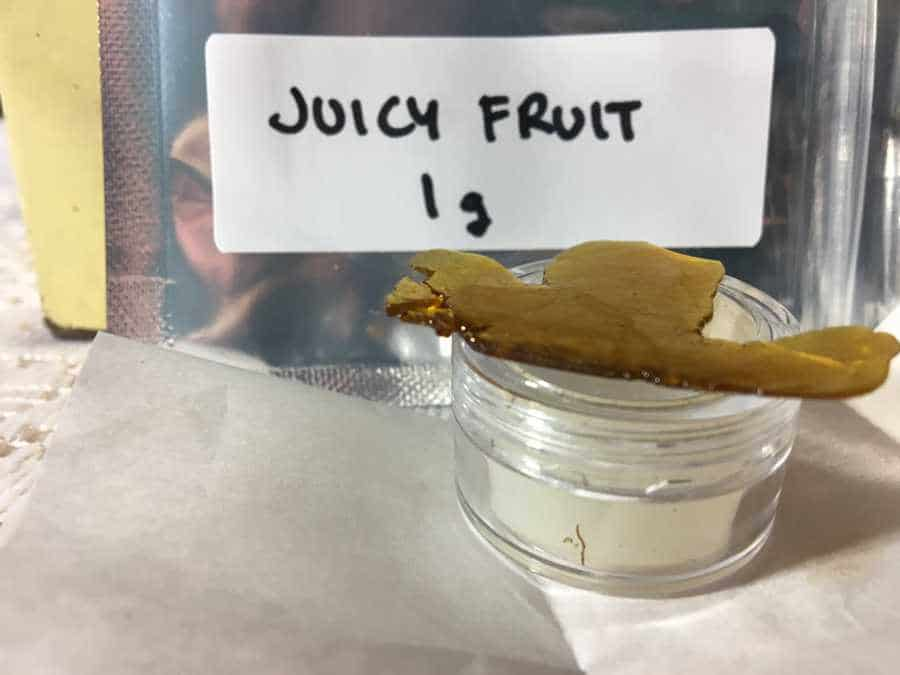 get-kush-unboxing-review-shatter-juicy-fruit
