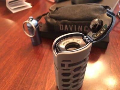 davinci-miqro-accessories-wearing-the-glove